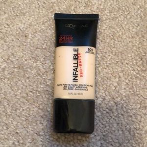 L'Oréal infallible pro matte foundation